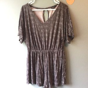 Black and white romper sz M dress up or down